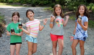 girls-summer-camps